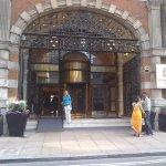 Photo de St. James' Court, A Taj Hotel