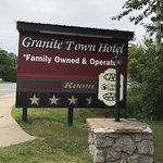 Photo de Granite Town Hotel