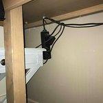 L'installation des prises dans la chambre de notre fils