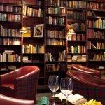 Bar Excalibur - Bibliothèque