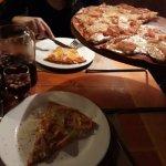 Pizza de jamon y queso