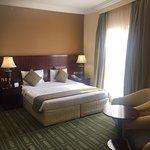 Foto de Golden Tulip Khatt Springs Resort & Spa