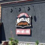 Photo de Montana's BBQ & Bar