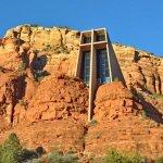 Photo de Chapel of the Holy Cross