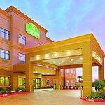 Photo of La Quinta Inn & Suites Pasadena North