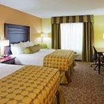 Photo of La Quinta Inn & Suites Minot