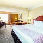 La Quinta Inn & Suites Cincinnati Airport Florence Foto
