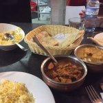 Rice, nan, danshak, and chicken vindaloo