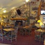 Photo de AmericInn Lodge & Suites Cody - Yellowstone