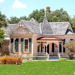 Gugenheim House, Heritage Park - photo by DL Dean