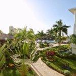 Photo de Royalton White Sands Resort
