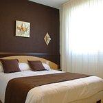 Photo of Hotel Saint-Hubert