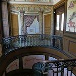 le décor théâtral de l'escalier