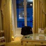 Photo de Four Seasons Hotel George V Paris