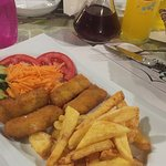 Kids fishfingers and chips