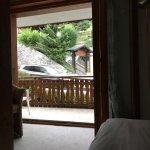 Photo de Hotel Chalet Royal