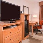 Micro/Fridge/TV/Desk
