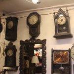 Khazana India for antique clocks and antique items