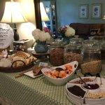 Снимок Chanticleer Inn Bed and Breakfast