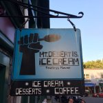 Photo de Mount Desert Island Ice Cream