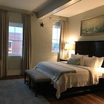 Foto de Olde Harbour Inn - River Street Suites
