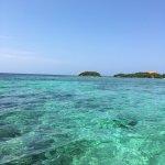 Photo de Tours in Rosario islands