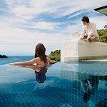 Grand Pool Suite