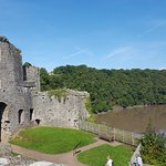 10 minute walk to the fabulous Chepstow Castle