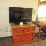 King Size Bed, TV Unit, Best Western, Mammoth Lakes, Ca