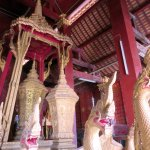 Photo de Temple d'or de la ville (Wat Xieng Thong)