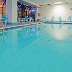 Pool at LaGuardia Plaza Hotel