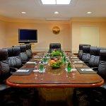 Meeting Space at LaGuardia Plaza Hotel
