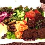 Falafel salad plate