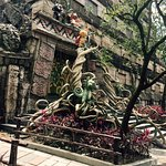 Mayan Screaming Ride