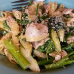 Pasta primavera with chicken, hold the tomatoes and mushrooms. Very good.