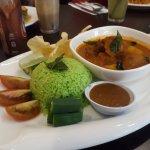 Nasi Serai Pandan Curry Chicken