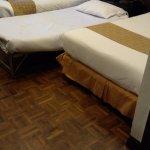 Un lit entre deux lits