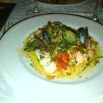 poissons petits légumes quenelles de brandade de morue et de purée de pdt-carottes, huile d oliv