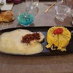 roti de lotte à l'écume de purée de piment riz safrané
