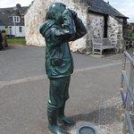 Birdwatcher sculpture, North Berwick