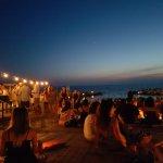 Photo de Sunset Cafe