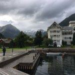 Kviknes Hotel Photo