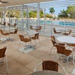Photo de Courtyard Miami Coconut Grove