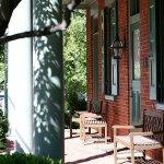 Bird-in-Hand Village Inn & Suites Foto