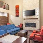 Photo of Comfort Suites Yakima