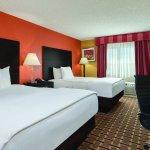 Photo of La Quinta Inn & Suites Joplin
