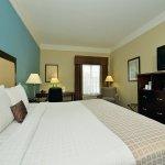 Photo de La Quinta Inn & Suites Savannah Airport - Pooler