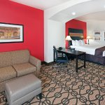 Photo de La Quinta Inn & Suites Pearsall