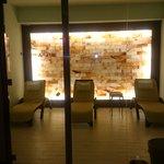 Stanza del Sale. Iodata con parete di sale. Ideale per respirazione e relax.