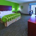 Photo of La Quinta Inn & Suites Cleveland